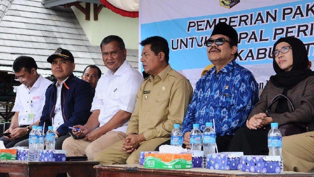 Nelayan Lombok Timur Dapat 1.438 Konverter Kit Gratis