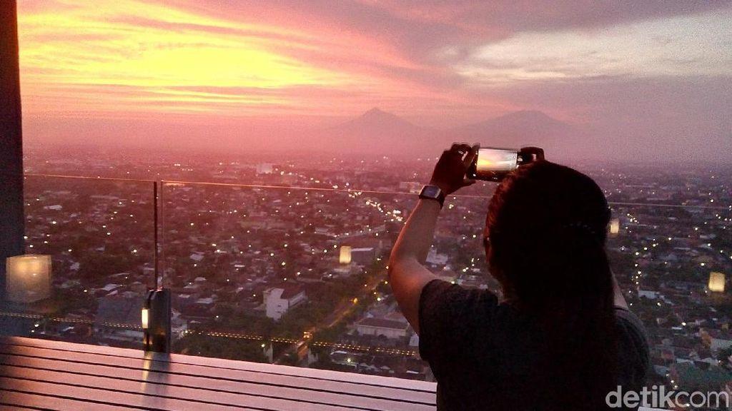 Hotel Alila Tempat Mantu Jokowi, Punya View Sunset Terbaik di Solo