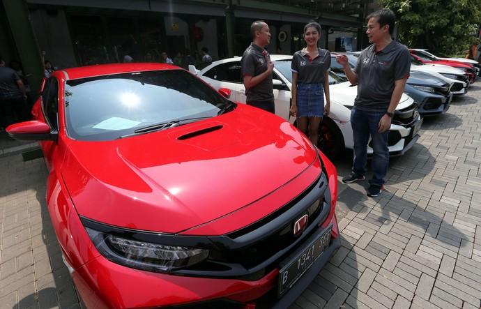 Honda Jakarta Center Resmikan Komunitas R-Club