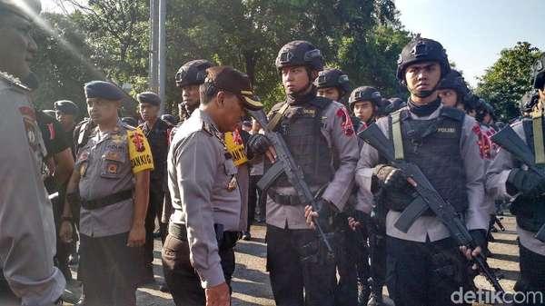 H-2 Pernikahan Kahiyang-Bobby, Ribuan Polisi Apel di Manahan