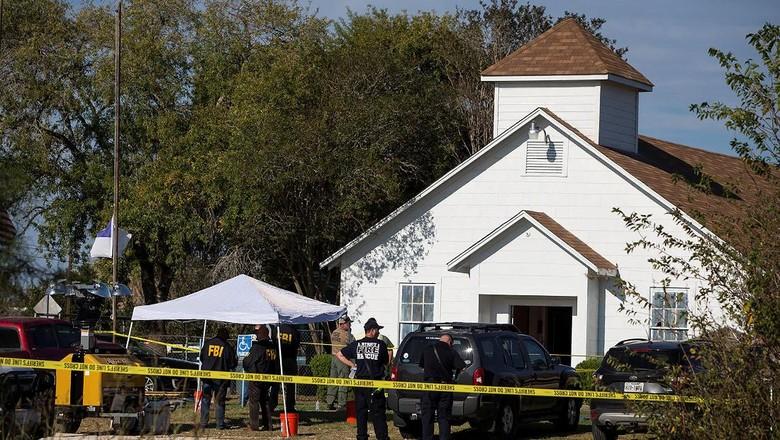 Sebelum Tembak Gereja Pelaku Kirim - Texas Devin Patrick pelaku penembakan brutal di gereja Amerika Serikat diketahui mengirim pesan ancaman kepada ibu mertuanya sebelum