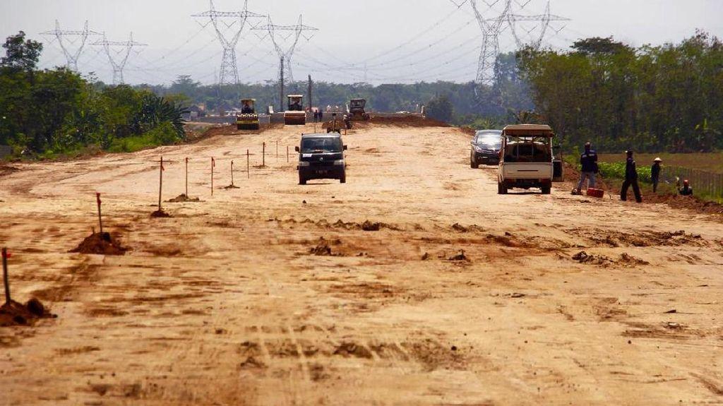 Jokowi Kejar Penyelesaian 213 Km Tol, Begini Kondisinya