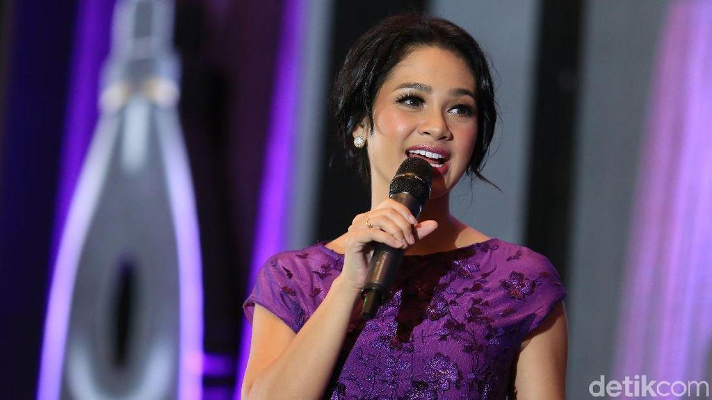 Ramai-ramai Nyanyikan Lagu Indonesia Raya 3 Stanza