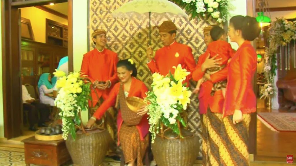 Makna Dibalik Jokowi dan Iriana Jualan Dawet hingga Manfaat Minum Susu Plus Madu