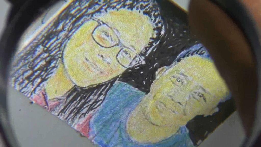 Turut Bahagia, Seniman ini Lukis Kahiyang-Bobby dalam Ukuran Mini