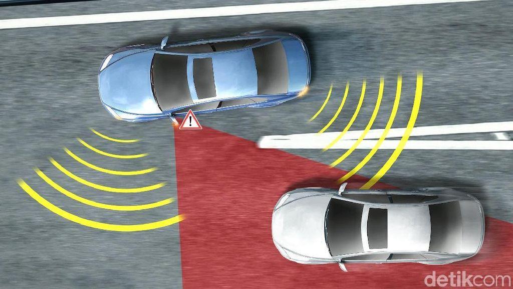 Teknologi Blind Spot Warning Membantu Anda, Mari Simak Penjelasannya