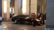 H-1 Nikahan Putri Jokowi, JK Tiba di Hotel Alila Solo