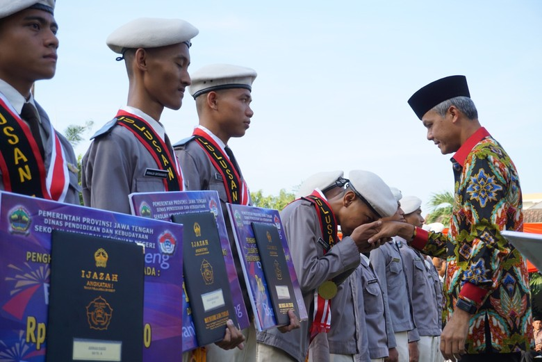 Sekolah Gratis di Jateng ini Berhasil Cetak Siswa Berprestasi