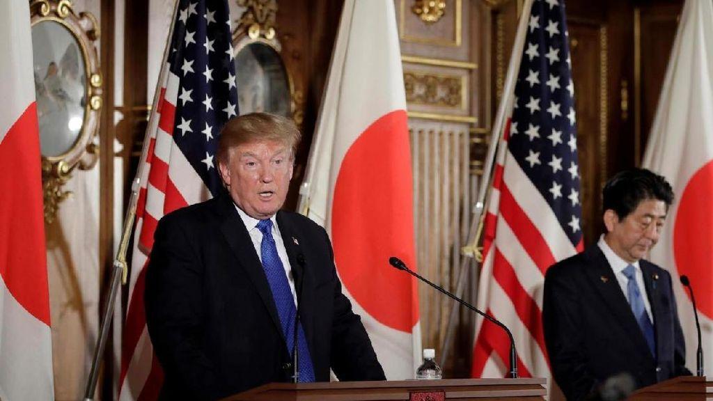 Bukan Sushi atau Ramen, Donald Trump Lebih Pilih Burger Saat ke Jepang