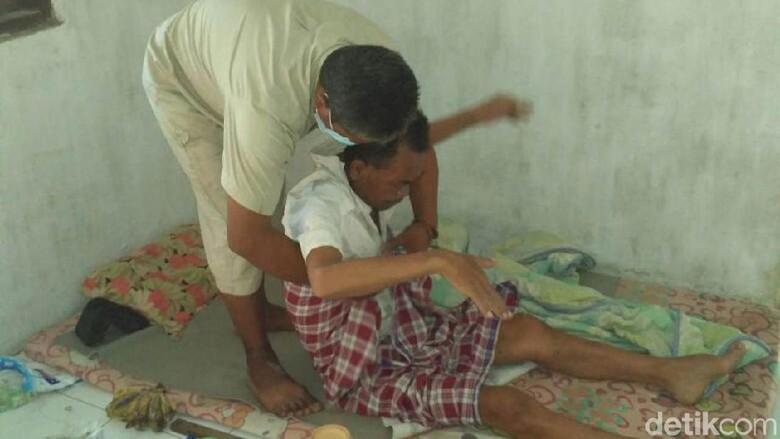 Miris, Pria Pengidap HIV di Rembang Ditolak Keluarganya