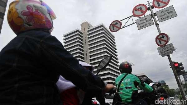 Pembatasan Motor di Jalur Monas-HI, Suzuki: Tetap Perhatikan Safety Riding