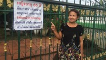 Cari Pacar, Wanita 65 Tahun Pasang Iklan di Pagar Rumah