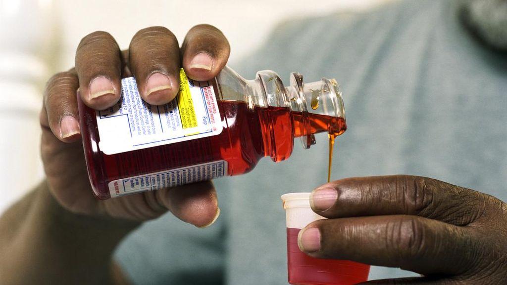 Dokter: Butuh Puluhan Sachet Obat Batuk Baru Bisa Halusinasi