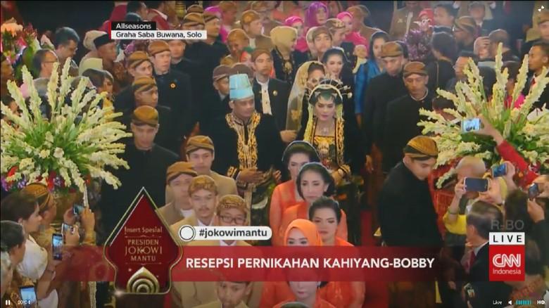 Pelawak Ramaikan Pesta Pernikahan Kahiyang-Bobby