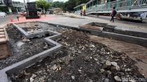 Jalur Pedestrian di Depan Kampus Trisakti Grogol Dilebarkan
