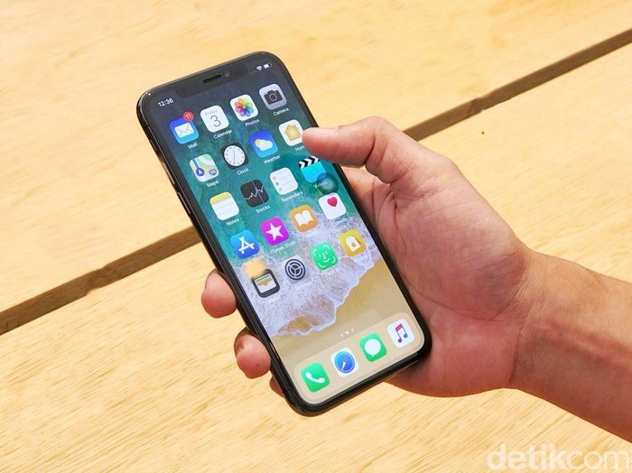 iPhone X. Foto: Adi Fida Rahman/detikINET