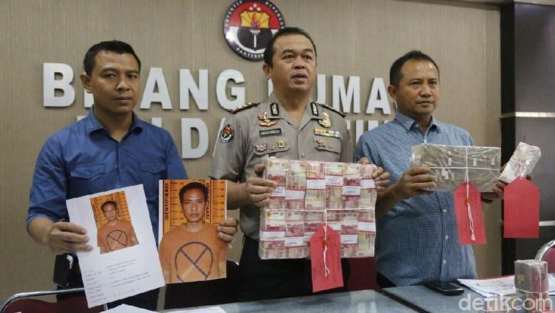 Polisi Ungkap TPPU eks Kades di Lamongan, Rp 1,3 Miliar Disita
