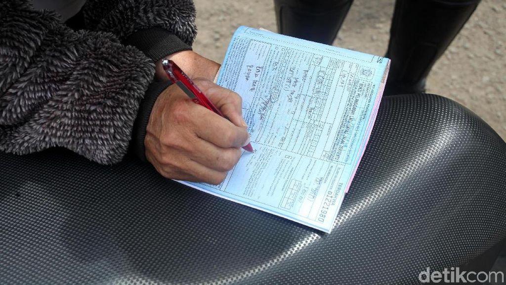 Weleh, di Jalanan Ada 10.000 Pengemudi Tak Punya SIM