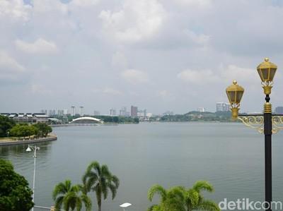 Putrajaya, Pusat Pemerintahan Malaysia yang Memikat