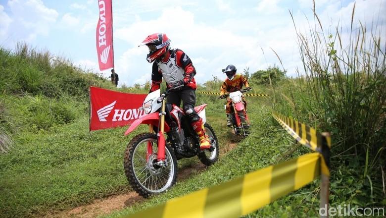 Kandungan Lokal Motor Trail 150 cc Honda Hampir 100 Persen