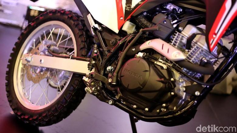Sering Betot Gas, Mesin Honda CRF150L Beda dengan Verza