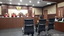 Untuk Terima Suap, Panitera PN Jaksel Pinjam ATM Petugas Kebersihan