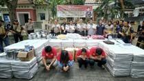 Polisi Ringkus Jaringan Pengedar Obat Keras, Jutaan Pil Diamankan