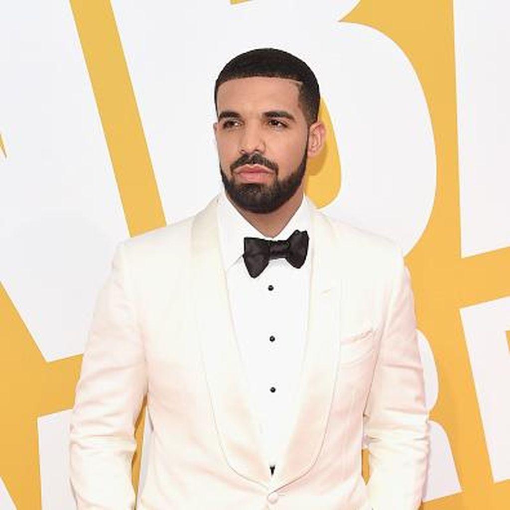 Drake Ancam Penonton Konsernya yang Lakukan Pelecehan Seksual