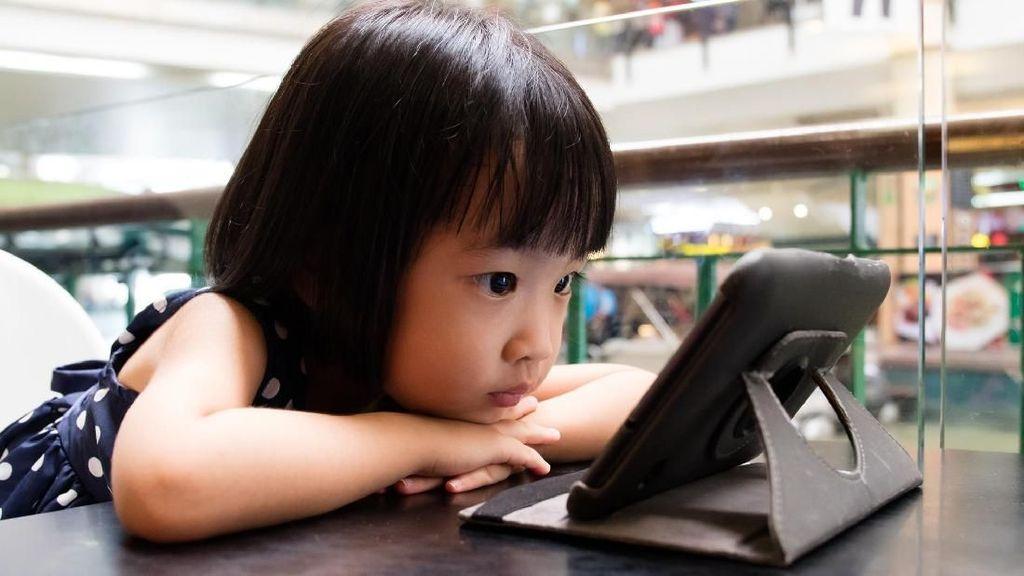 47% Orangtua di AS Merasa Anaknya Kecanduan Smartphone