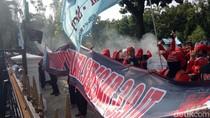 Koalisi Buruh Robek Kontrak Politik dengan Anies-Sandi