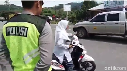 Kids Zaman Now Ini Ngambek Berat Tidak Terima Ditegur Pak Polisi