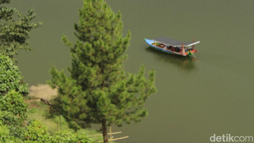 Foto: Cantiknya Situ Patenggang, Tapi Jadi Pilihan Kedua