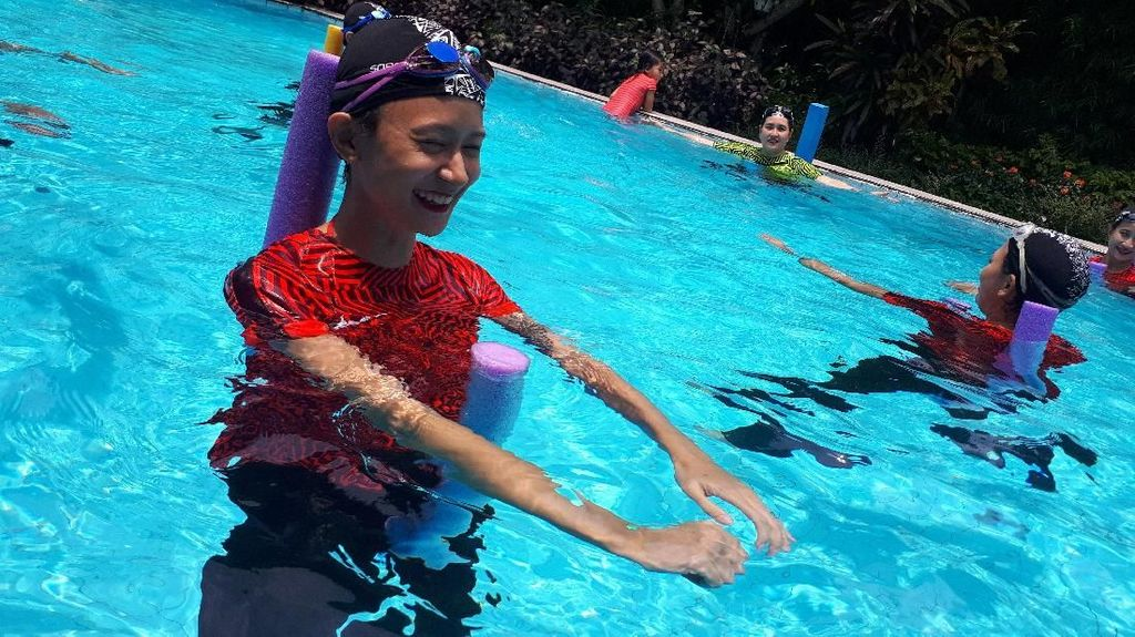 Foto: Serunya Olahraga Air, Terapi Sambil Bersenang-senang