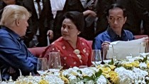 Melihat Keakraban Jokowi-Iriana dengan Trump di Gala Dinner APEC