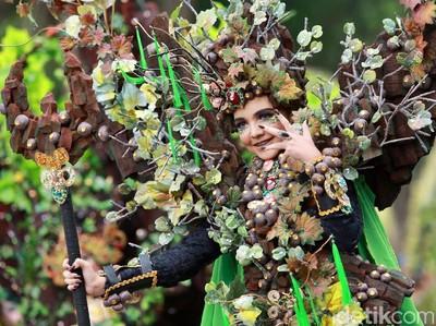 Keseruan Banyuwangi Ethno Carnival 2017