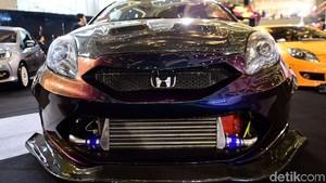 Honda Brio 7 Warna Canggih