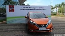 Menteri Perindustrian Jajal Mobil Listrik Nissan
