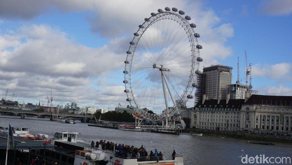 Foto: Kota London dan Thames River
