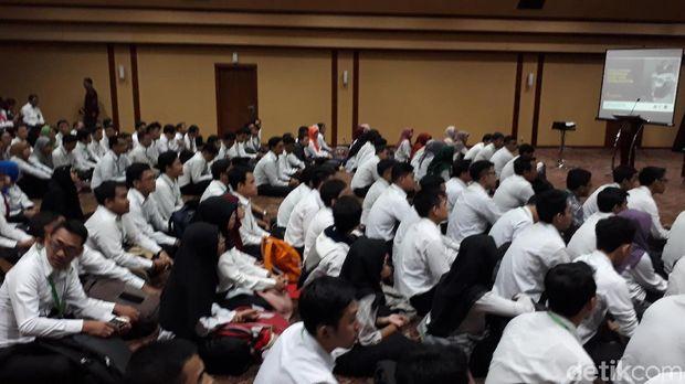Ratusan Mahasiswa STAN Hadiri Kuliah Umum Dirjen Pajak.