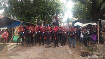 Buruh di Cirebon Demo Tolak Kenaikan UMK