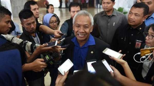 Pimpinan DPR: Jokowi Seyogianya Buat Perppu MD3 agar Semua Selesai