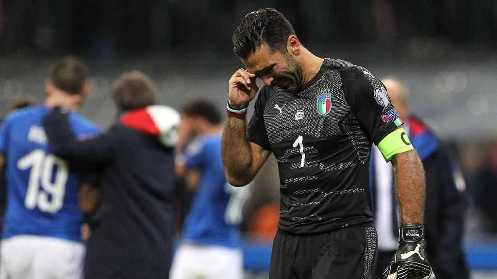 Rakitic Rela Beri Tempatnya untuk Buffon Usai Italia Gagal Lolos ke Piala Dunia