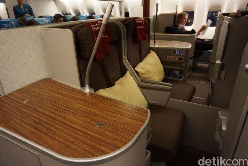 Penerbangan nonstop Jakarta-London resmi diluncurkan Garuda pada tanggal 31 Oktober 2017. Penerbangan ini diklaim paling cepat, hanya 14 jam. (Erna/detikTravel)