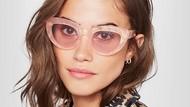Stylish Saat Liburan dengan 5 Kacamata Cat Eye Seperti yang Dipakai Selebgram