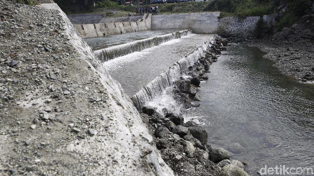 Melihat Dam Pengendali Sedimen Danau Sentani