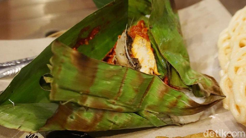 Waroeng Keroepoek : Menikmati Wedang Bergaya Kekinian di Cafedangan