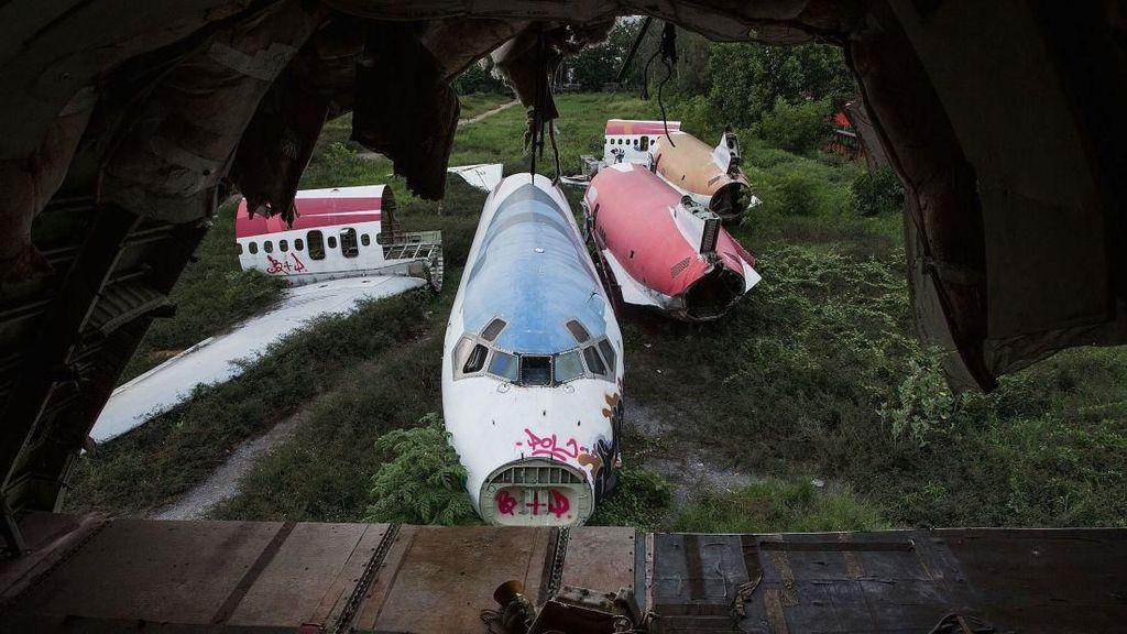 Foto: Orang-orang yang Tinggal di Kuburan Pesawat