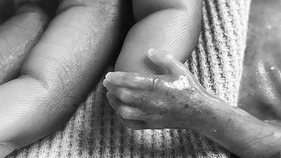 Kisah Haru Seorang Ayah Bisa Bangkit Pasca Kehilangan Bayinya