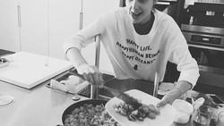 Untuk menjadi Wonder Woman, Gal Gadot menerapkan gaya hidup sehat dalam kesehariannya. Yuk intip di sini.
