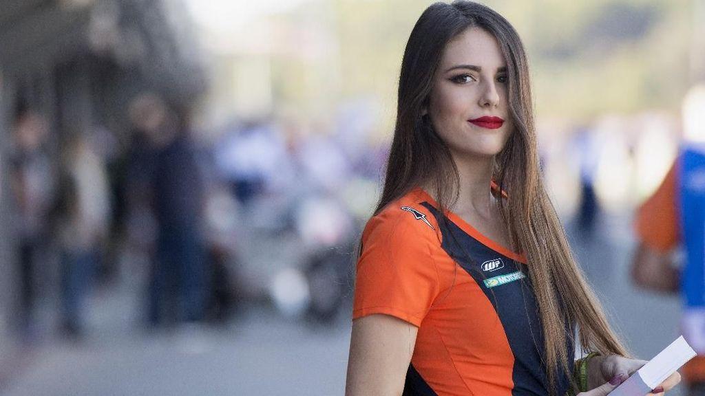Yang Tersisa dari MotoGP Valencia: Terlena Kecantikan Grid Girl